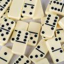 Domino Set  in Holzkiste mit Lupo Wurzelholz