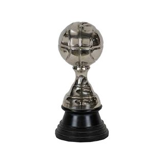 Dekorativer Ball aus Aluminium auf schwarzem Sockel